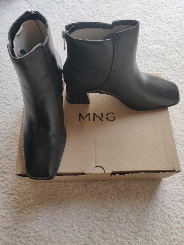 mango家的靴子
