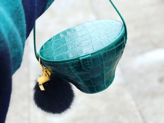 😂Staud小绿马桶包😂