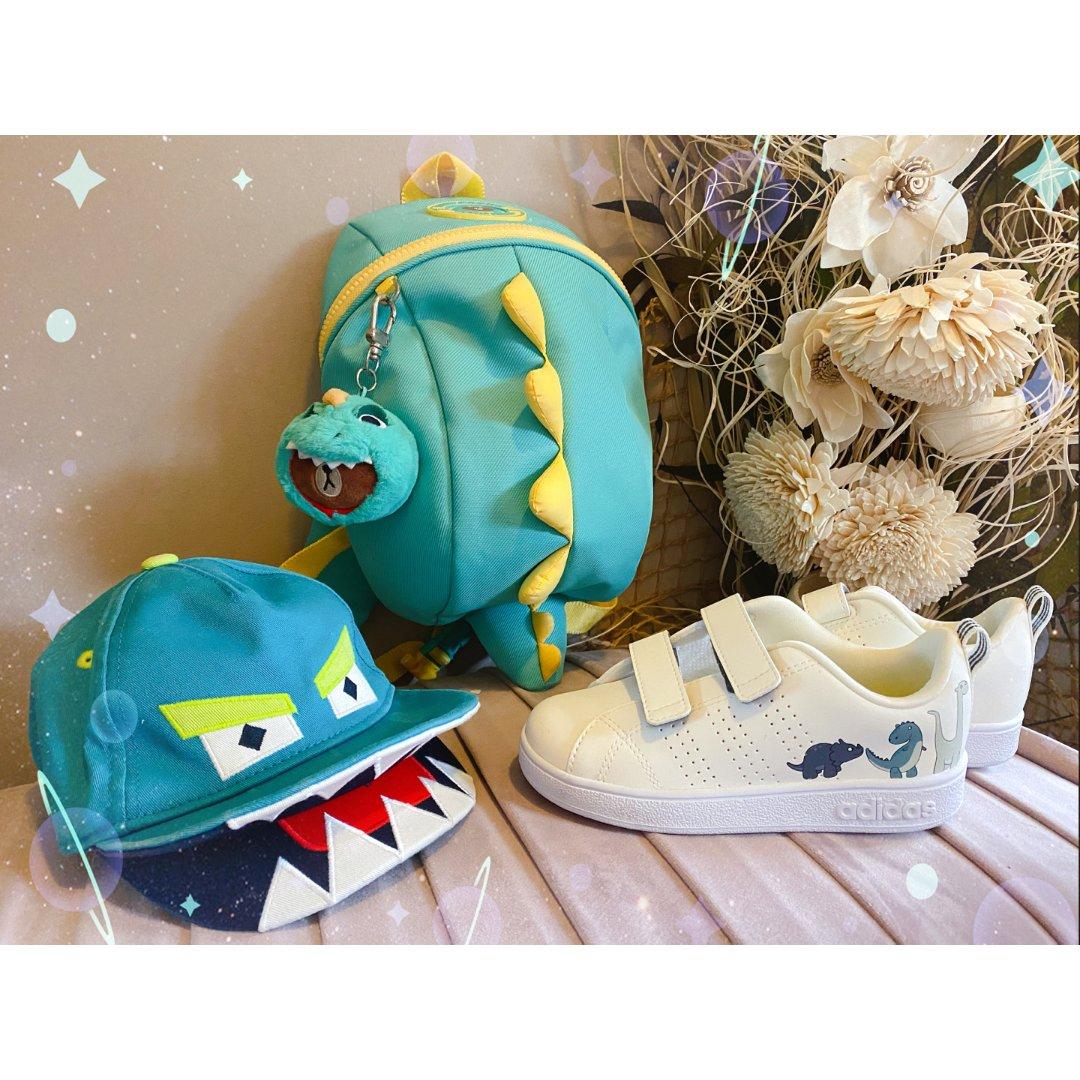包包鞋子一个色——蓝色恐龙