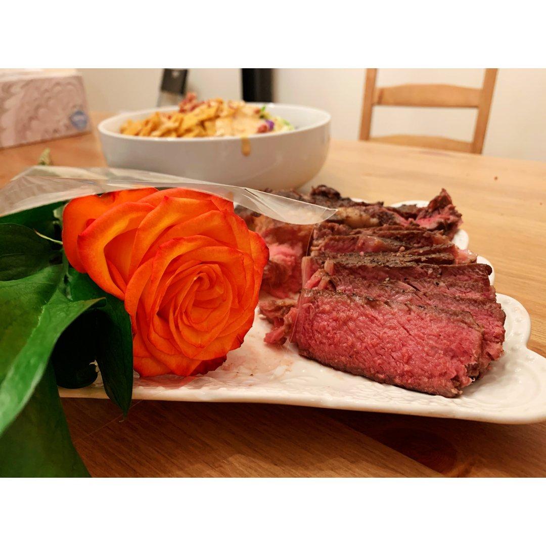 赠尔玫瑰,手留牛排🥩