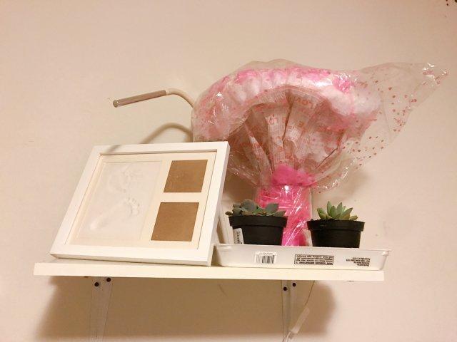 房间一角 相框➕多肉植物