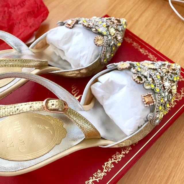 买过颜值最高却不怎么好穿的一双鞋。。。