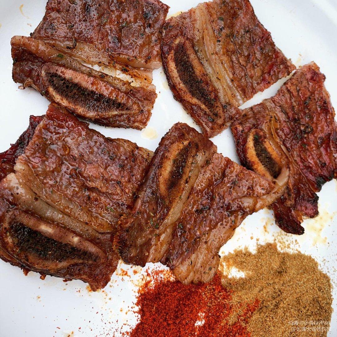 BBQ烤肉啦~