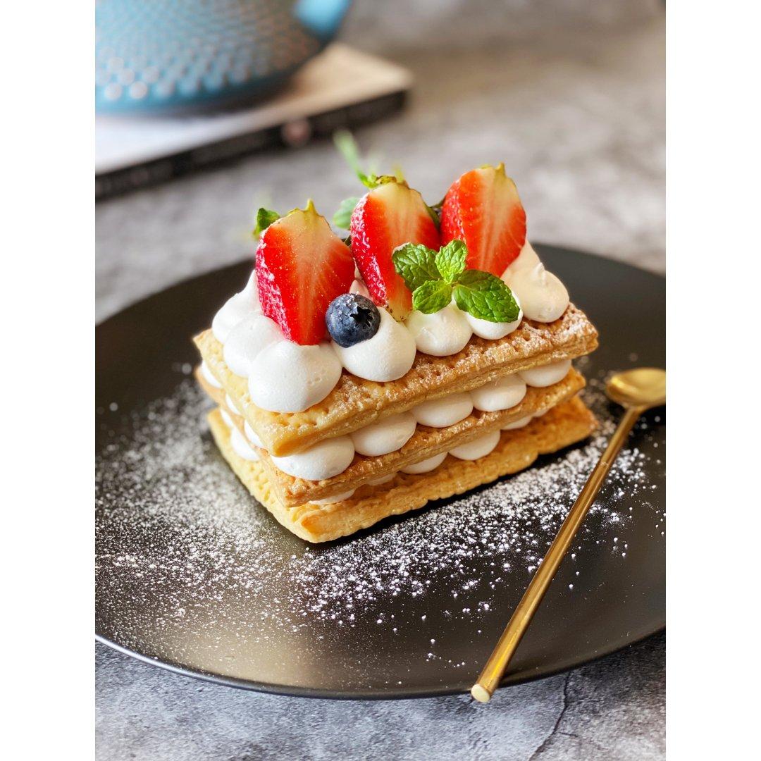甜品DIY  草莓拿破仑酥