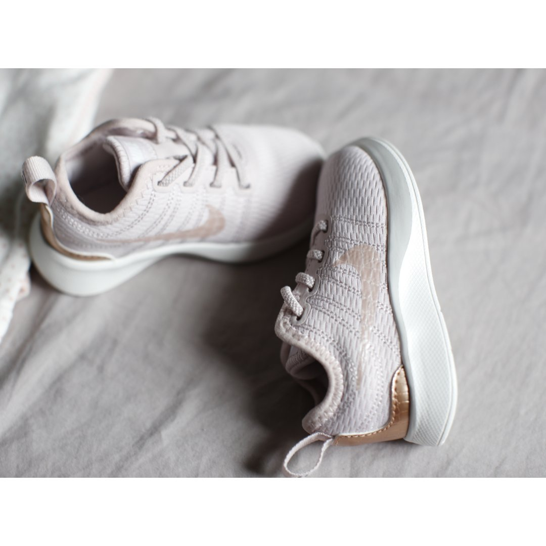 Nike控买给宝宝的第一双鞋