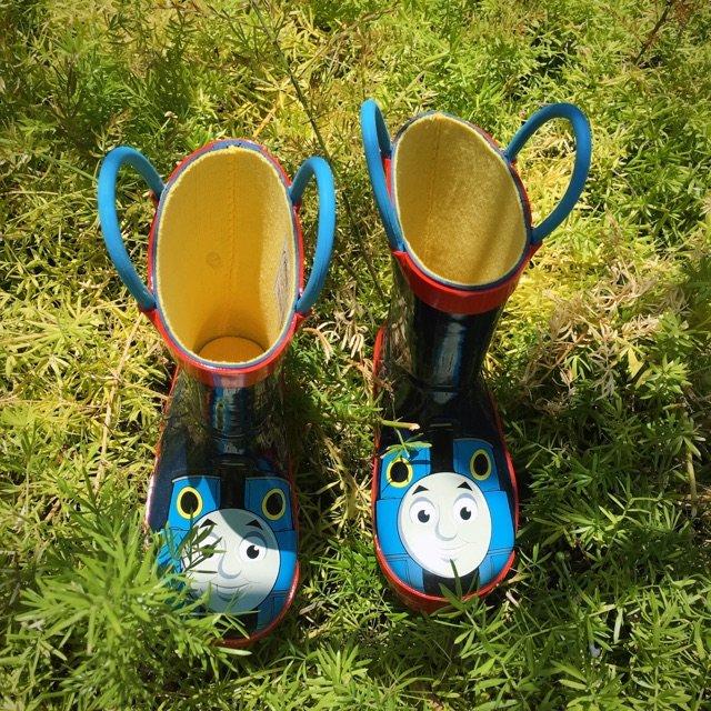 宝宝的第一双小雨鞋<br /> 与...