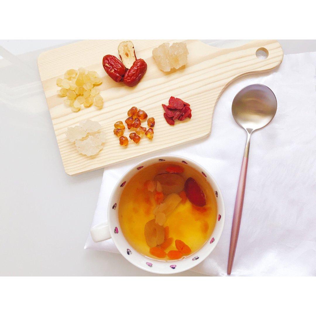 红枣枸杞三胶羹 吃出嫩滑胶原肌