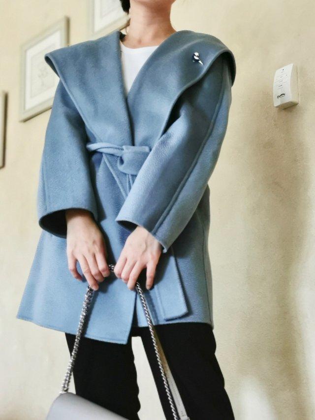 美丽冬日之蓝色羊毛大衣Ecru E...