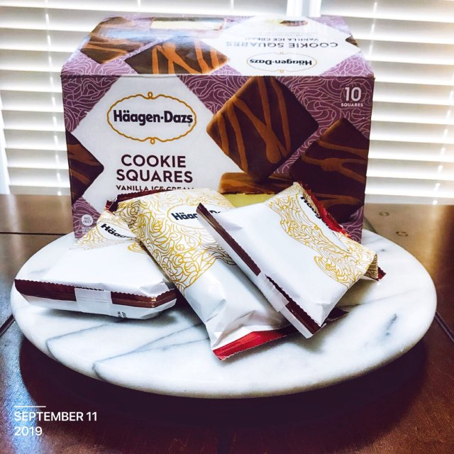 阿根达斯方块巧克力饼干冰淇淋,很甜啊🤣