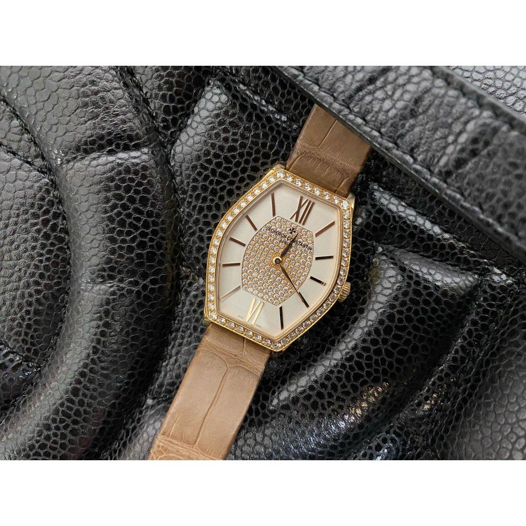 妈妈送滴礼物~一只小手表