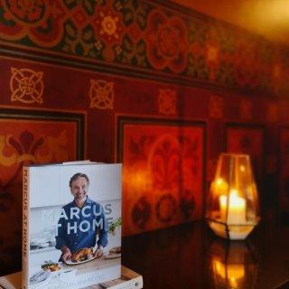 Roseinlondon,这是餐厅的主厨,为女王寿宴做过菜的哟