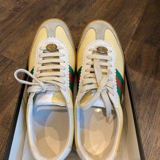 Gucci折扣店收了一双白菜运动鞋...