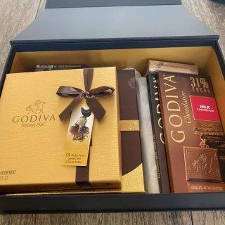 Godiva巧克力礼盒开箱!圣诞礼物首选...