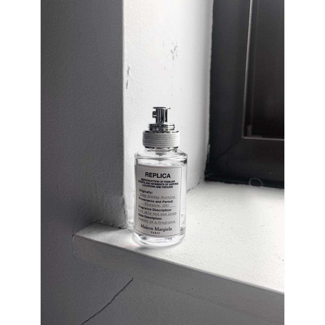 单纯为了瓶子好看而入的马吉拉香水...