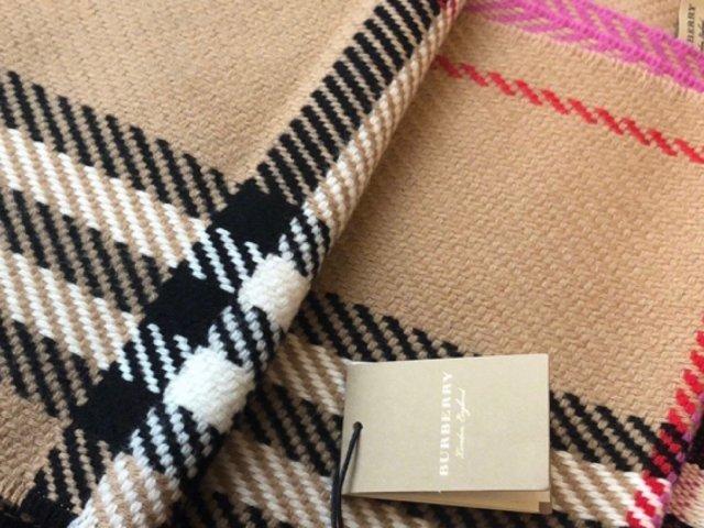 Burberry|拼色经典格纹围巾