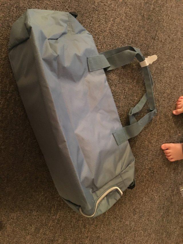 DSW免费行李袋