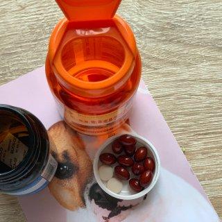 Yumi 排毒软糖+复合维生素软糖...