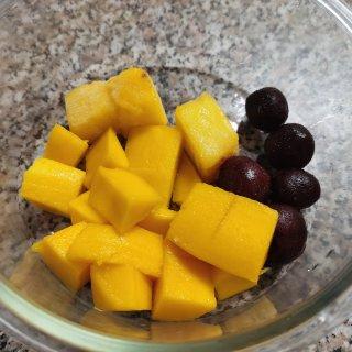 冷冻水果真是神奇发明...