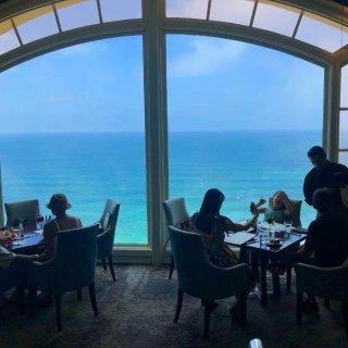 去年夏天在古巴+美国尔湾...