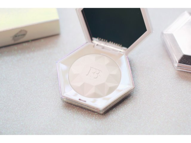 Fenty Beauty|🌈如彩虹...