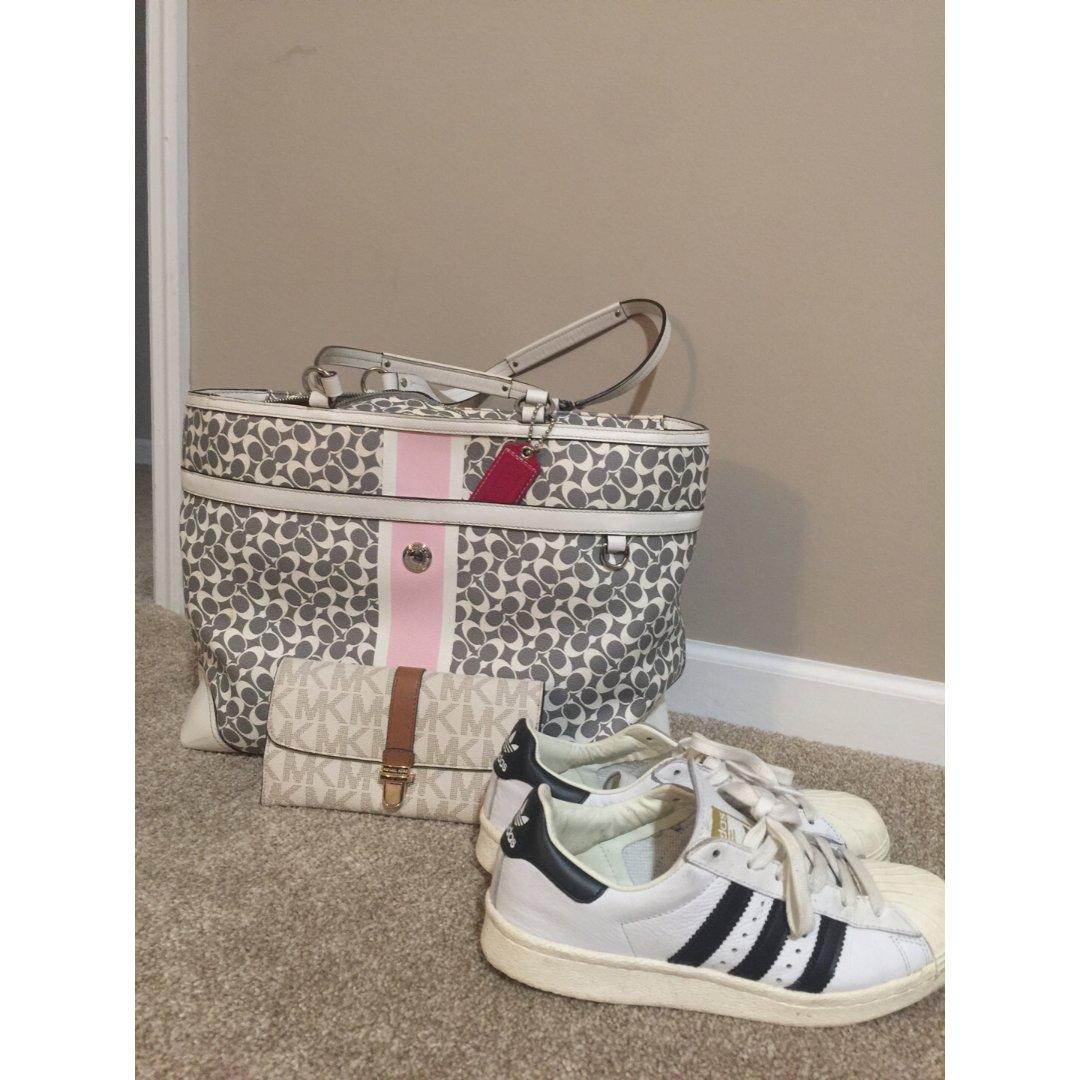 包包鞋子一个色-1 白色