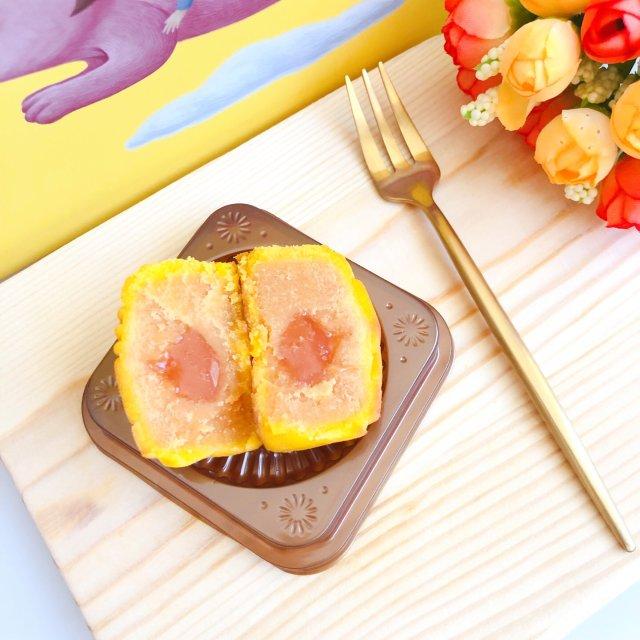 颜值高又好吃的陶陶居流心奶黄月饼