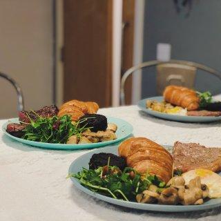 均价1镑 苏姨省钱实用装饰餐桌...