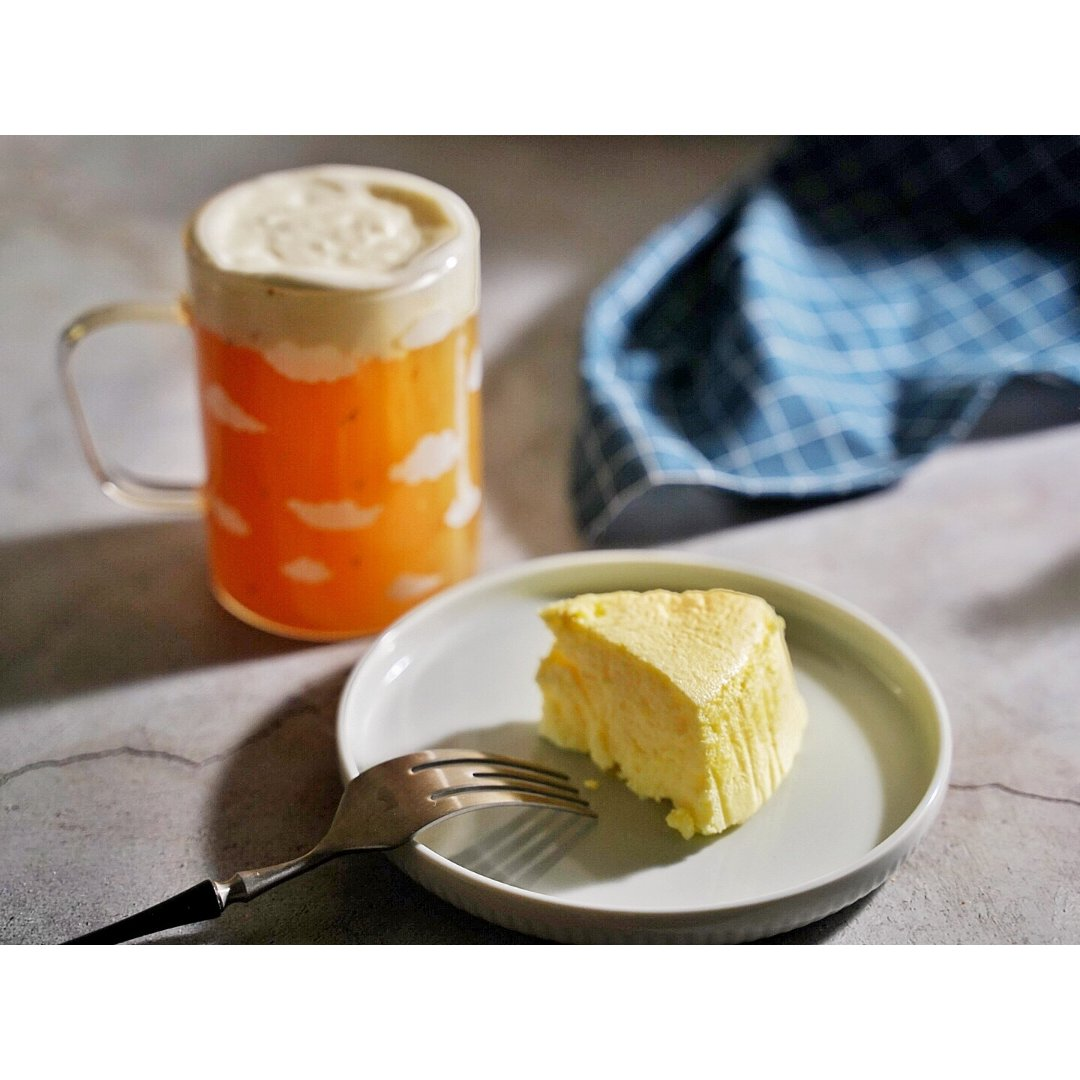 轻芝士蛋糕➕乌龙芝士奶盖|今天圆满...