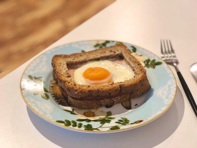 超简单😆美貌鸡蛋吐司🍳|烤箱|Br...