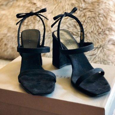 铆钉高跟靴