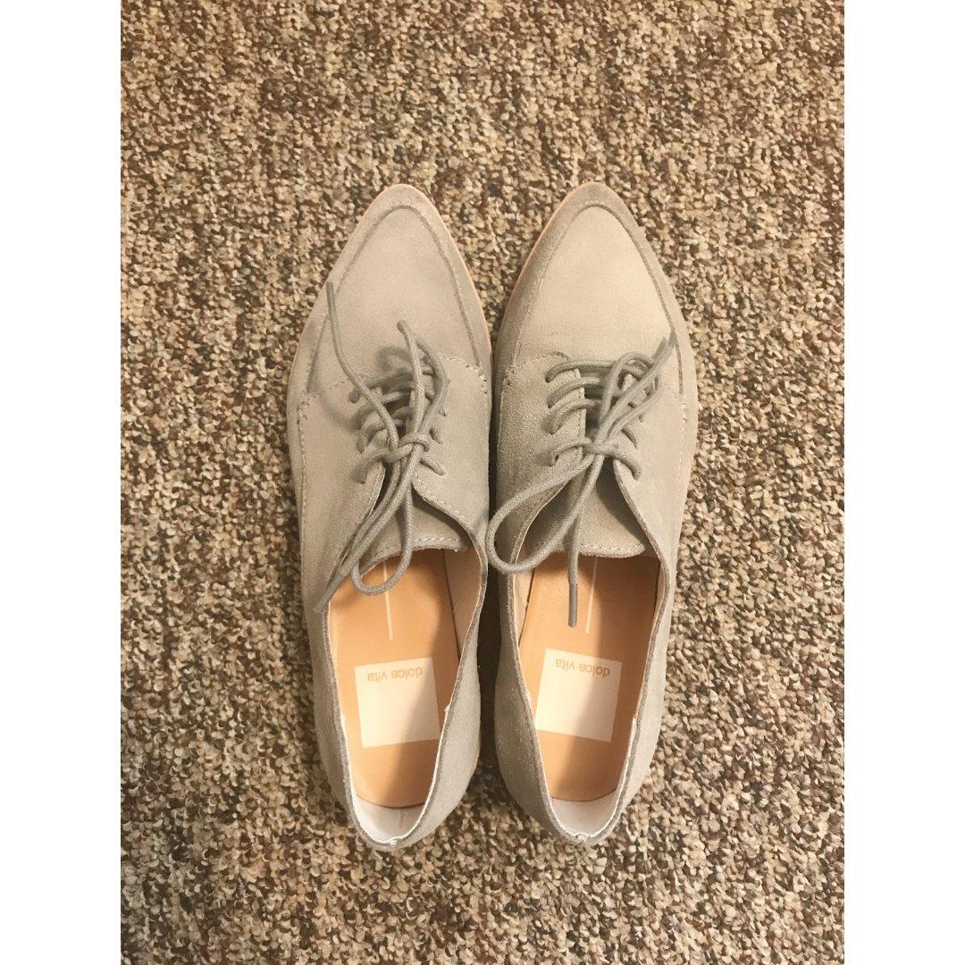 到了一双牛津鞋