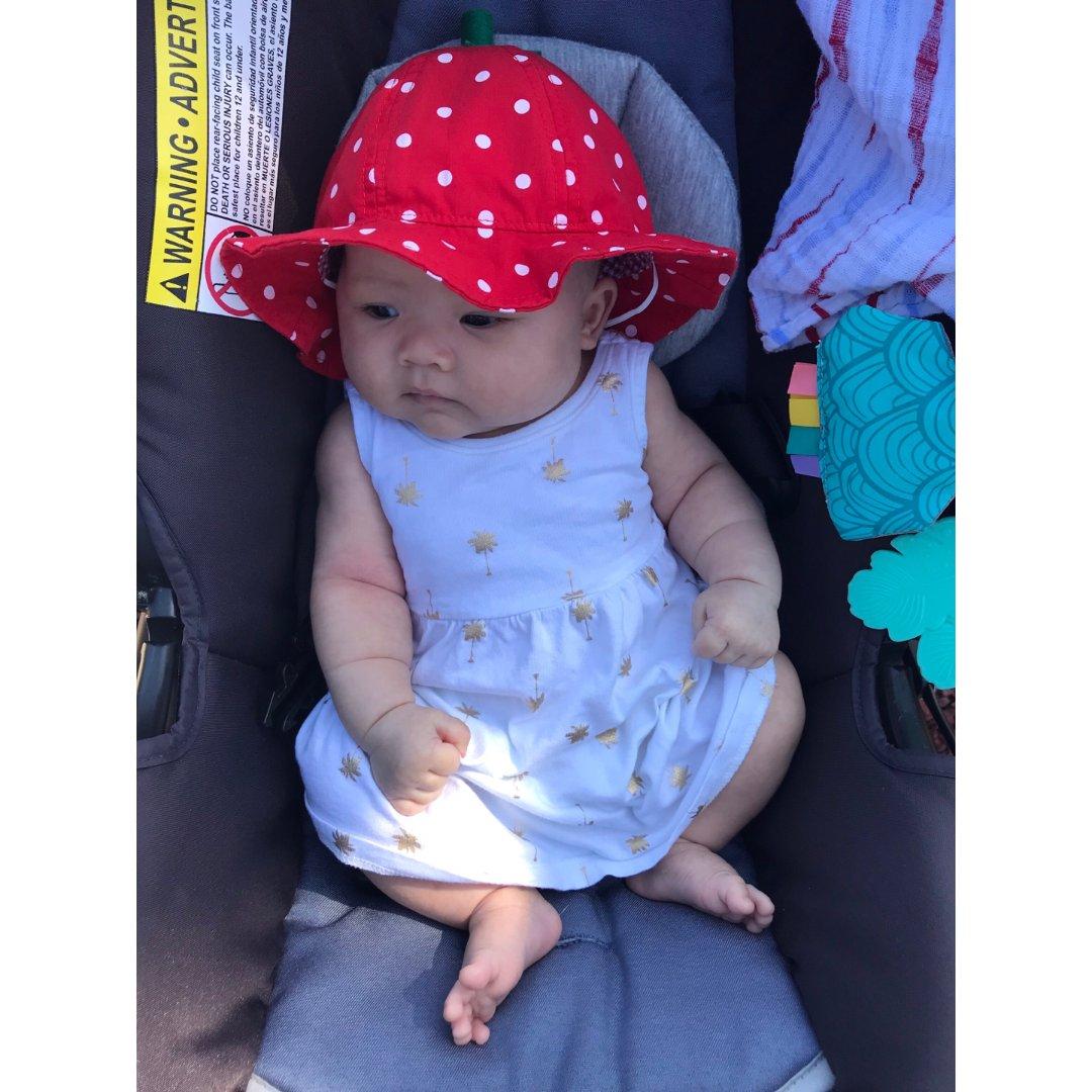 妹妹是一颗小(pàng)草莓