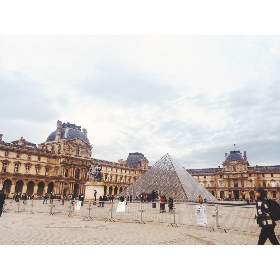 法国旅游不得不去之卢浮宫