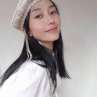 OOTD 新年新衣帽📦...