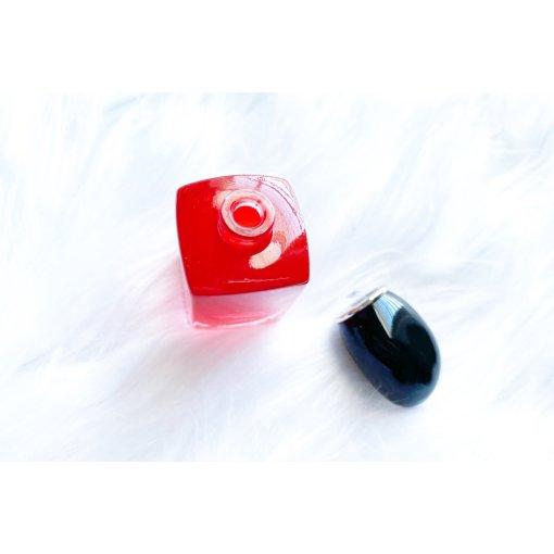 𝓐𝓻𝓶𝓪𝓷𝓲 | 红色挚爱香水♥️小Q香