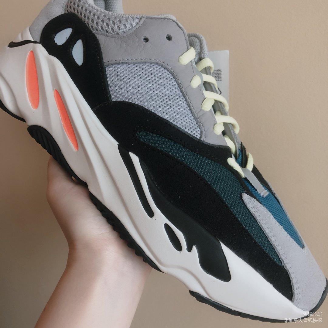 Sneaker比买 最酷Yeezy...