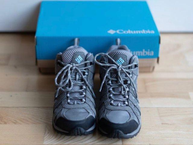 【哥伦比亚】✦99新✦登山鞋✦挥泪...