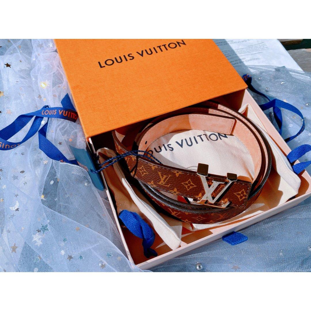 LV 经典logo腰带
