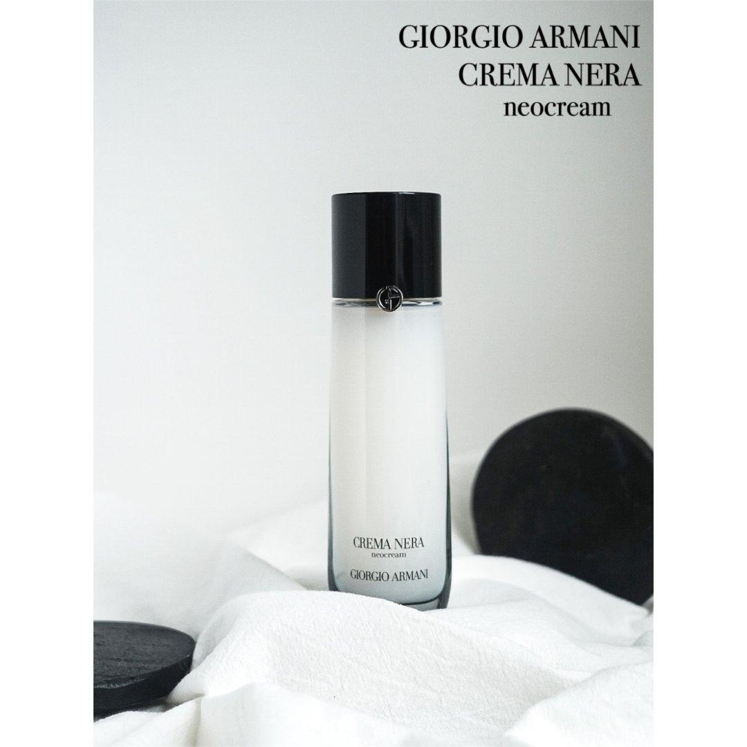 水?面霜?Giorgio Amani黑钥...