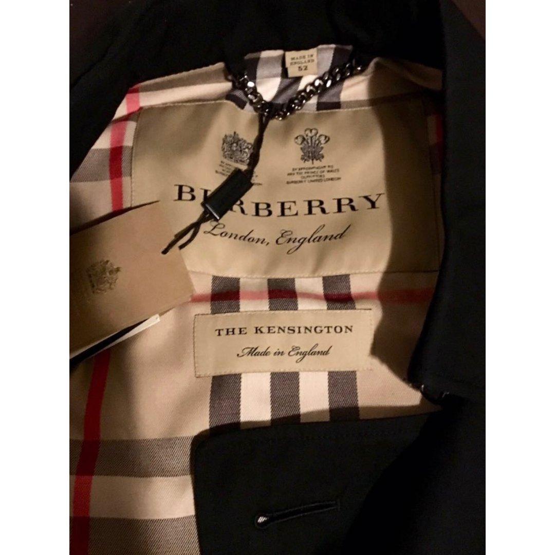 Burberry 风衣
