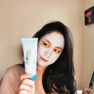 City Block Purifying™ Charcoal Clay Mask & Scrub   Clinique