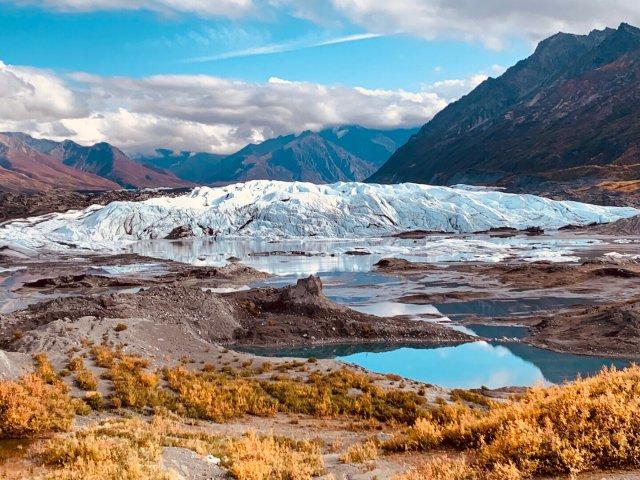 Matanuska Glacier徒步