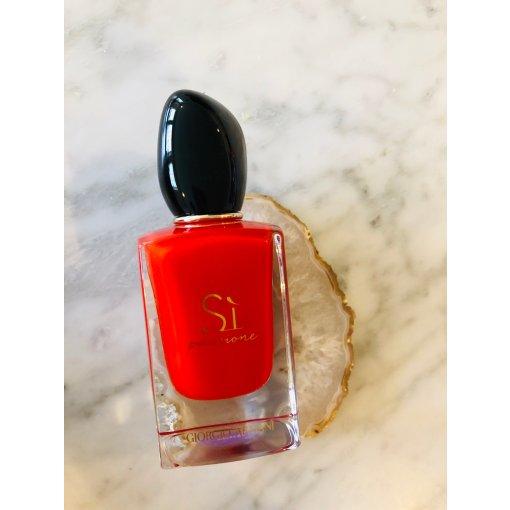 21天自律计划1⃣️5⃣️-阿玛尼红色挚爱香水
