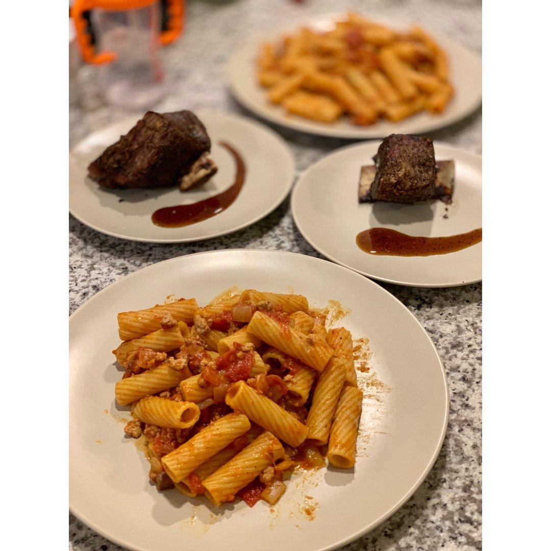 普通的七夕有美食相伴就是幸福