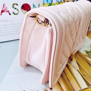 你知道Guess家的包包👜也很优秀吗?!