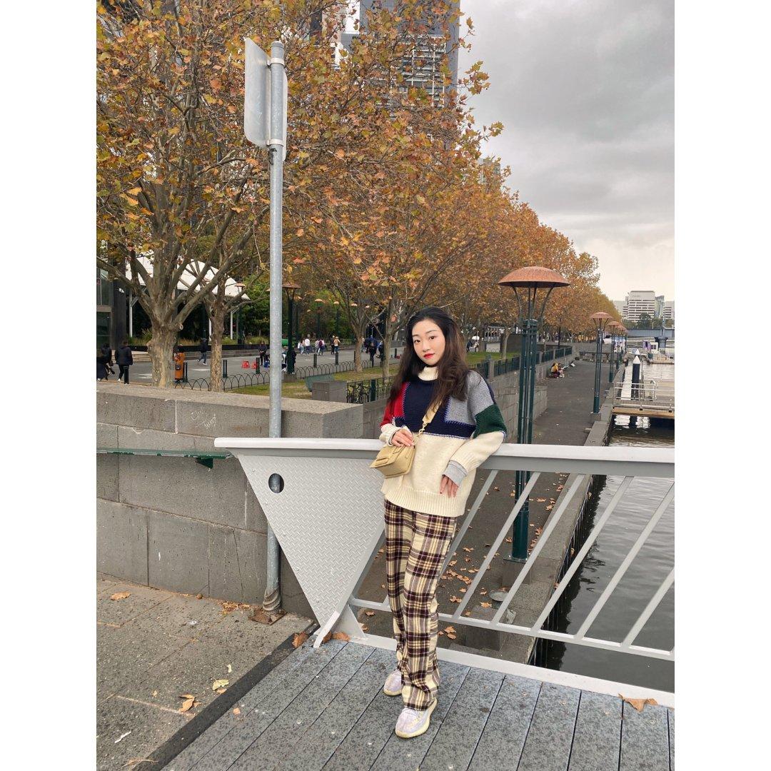 OOTD|CBD就可以秋日赏枫叶🍁格子裤...
