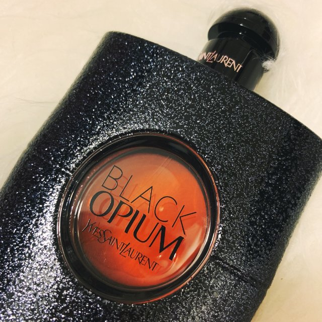 YSL黑鸦片—最爱的香水