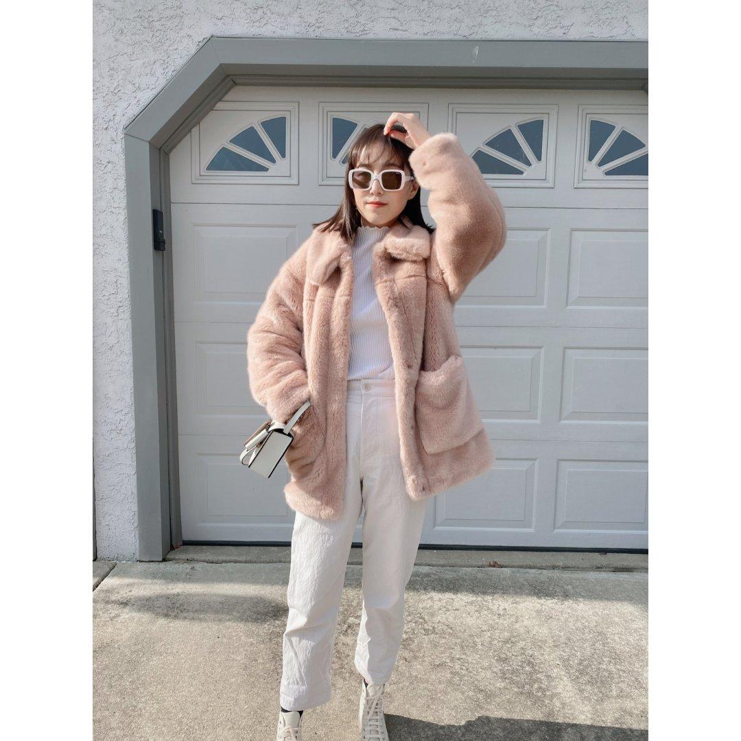 一字米酱的outfit|短发素色冬季搭配