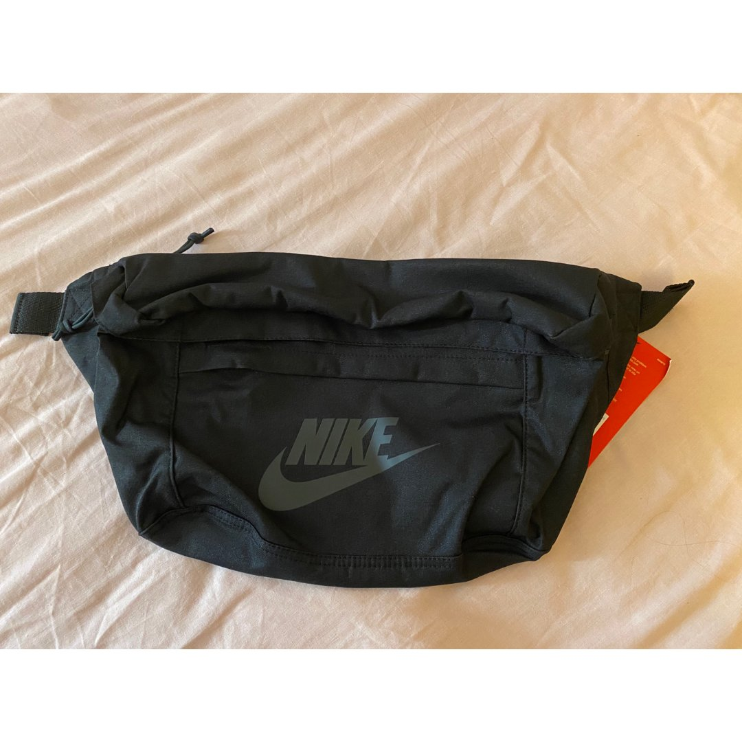 Nike 耐克,王一博同款