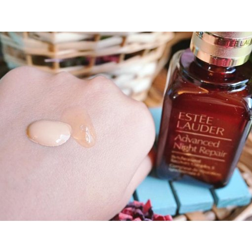 最深得我心的莫過於這瓶雅詩蘭黛小棕瓶 ANR特潤超導修護精華